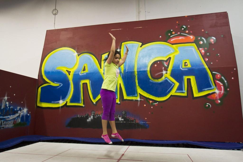 GenClass_011114_girl_trampoline_BensonSquire_01