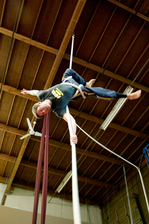 adult-aerial-rope